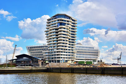 Marco Polo Tower u. Unilever-Gebäude