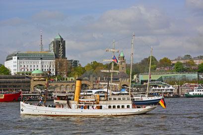 SCHAARHÖRN zum 828.Hamburger Hafengeburtstag
