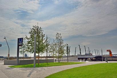 Baakenhafenbrücke nach der Übergabe am 25.07.2013