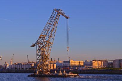 KARL FRIEDRICH STEEN (Schwimmkran) zum 823.Hamburger Hafengeburtstag 2012