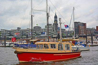 Hamburger Hafen (City-Sporthafen) zum 825.Hamburger Hafengeburtstag 2014