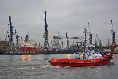 Hamburger Hafen bei Schietwetter im Februar 2015
