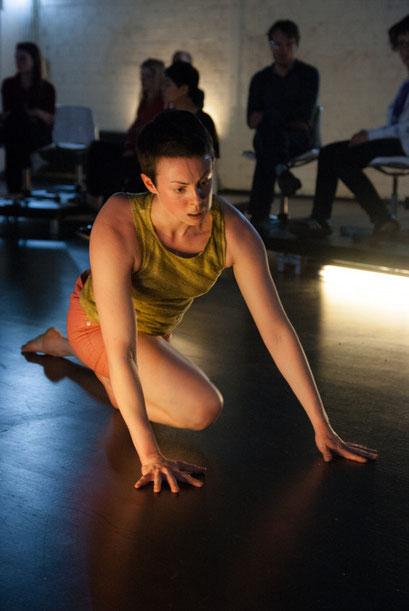 Wallen - by Sebastian Matthias; dancer: Lisanne Goodhue, photo: Arne Schmitt