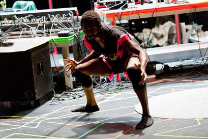 (theLID - by Ayman Harper; dancer: Jermaine Spivey; photo: Baldauf&Baldauf