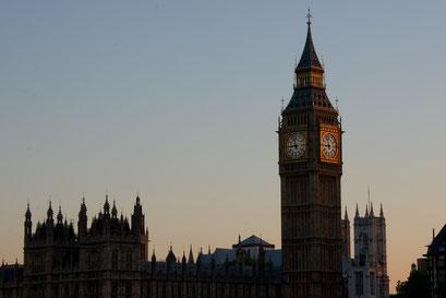 Uhren in Gold ... Big Ben und Westminster Abbey