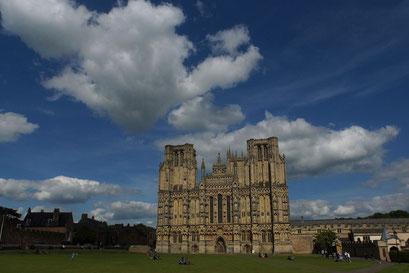 Wells - die gewaltige Kathedrale