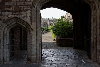 Wells - historische Wohnstrasse bei der Kathedrale