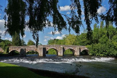 """Die Brücke von Bickleigh über das Flüsschen Exe inspirierte 1969 Simon@Garfunkel zu ihrem Welthit """"Bridge over troubled water"""""""