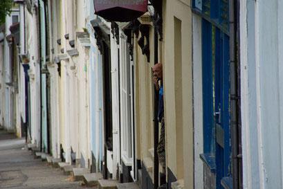 Falmouth - typische Wohnhäuser ... Tür an Tür