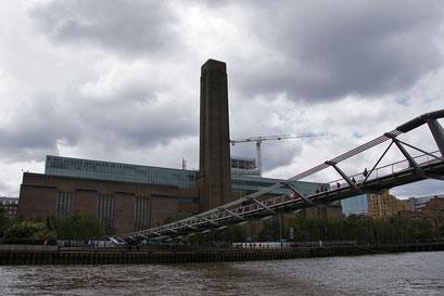 """Docklands - die Milleniumbrücke und das Museum """"Tate Modern"""""""