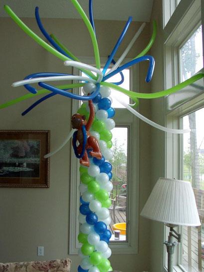 Air-filled Balloon Column Palm Tree