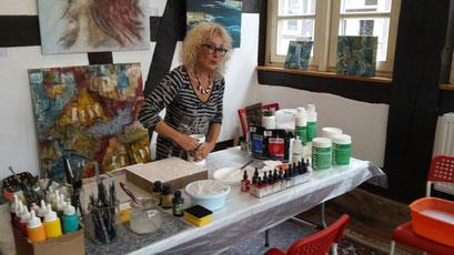Barbara Bauer startet mit einem ersten Workshop