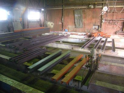 荷物用EV新設工事の工事写真