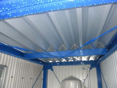 屋根付き電設架台工事の工事写真