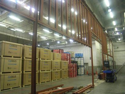 倉庫内間仕切り鉄骨工事の工事写真