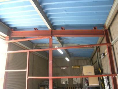 倉庫改修工事の工事写真