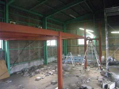 中二階鉄骨工事:工事写真