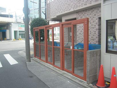 ゴミ庫鳥害防止工事の工事写真