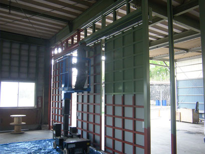 壁及び鋼製引戸新設工事の工事写真