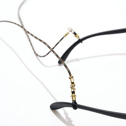 グリーンナイチャーのラインとブラス金具の組み合わせ。