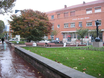 Vue de l'Avenue Jean Jaurès vers le Groupe scolaire - 26/10/2013