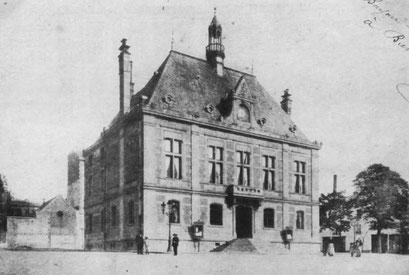Hôtel de Ville (J.P. Lequeux - 1883) et Extension (J. Baboin - 1902) - 18/01/2014