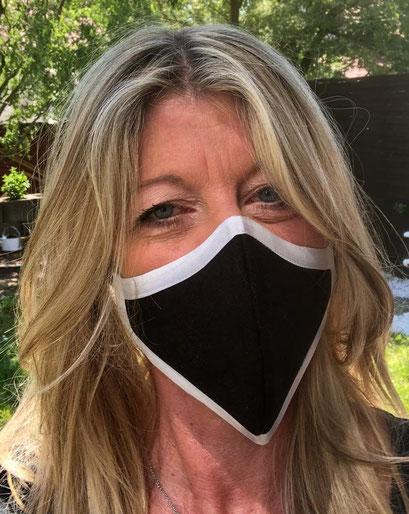 Unisex Maske, Mund- und Nasenbedeckung_schwarz mit integriertem Filter
