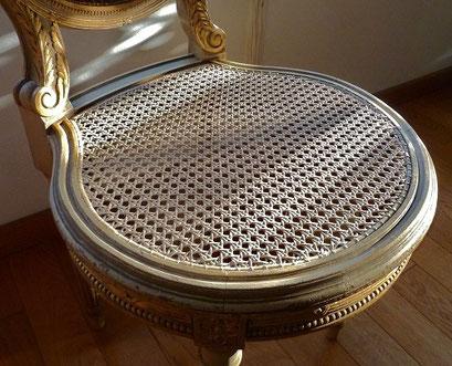 chaise Louis XVI en cannage français à 6 brins