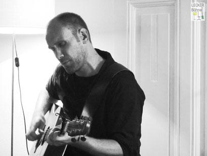 MR. ROB FLEMING (Singer/Songwriter)