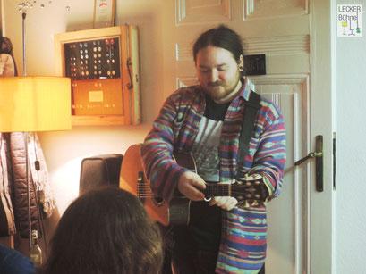 MABLONI (Singer/Songwriter)