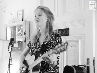 HENJA (Singer/Songwriter)
