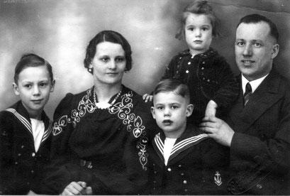 Fam Herbert Katterwe, Manfred, Erna, Ursula, Herbert, Helmut Katterwe