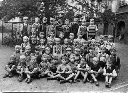 1. Schuljahr Rudi Katterwe 1941 Rosenschule in Breslau
