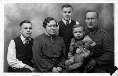 li,Günter,GertrudKatt,Manfred,Heinz mit Teddy, Martin Kutsche