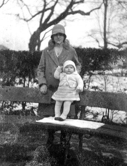 Liesel-geb.Knie mit Tochter Ingeborg-geb.Glamsch