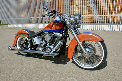 Harley Davdison Softail Deluxe Chicano