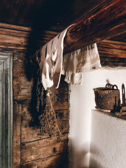 Wasmeiers Weihnachtsmarktl - traditionelle Handwerkskunst in den  romantischsten Weihnachtsmärkten in den Bergen (Tirol, Südtirol, Bayern)