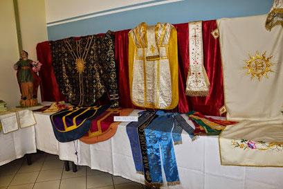 Mostra arredi sacri 60 anniversario della parrocchia for Arredi sacri