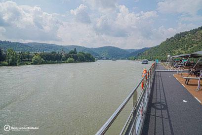 Wunderschöne Landschaften entlang des Rheins