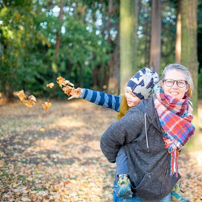 Herbst Mama und Kind