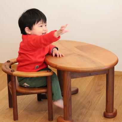 U字の子供椅子&豆型テーブル(K様邸)