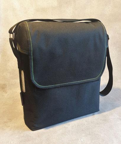 Gepäckträgertasche, Kleiner Karl, Schwarz mit Grün,