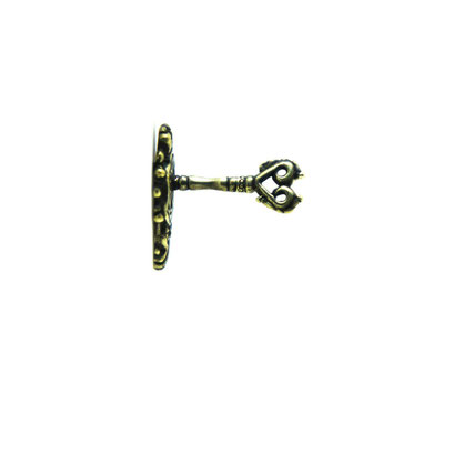 keyhole:立体ピンズならではの鍵穴と鍵の作り。鍵が刺さっていたらドアを開けたくなります…けど流石にカギは動きませんよ!