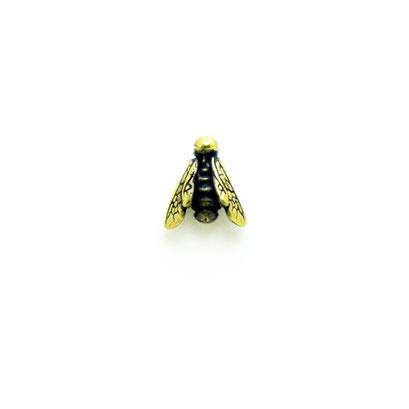 8 bee:昆虫シリーズの蜂。顔はわずか3mmのドクロ!帽子の上にちょこんと乗せるとまるでハチが留まっているようになります。