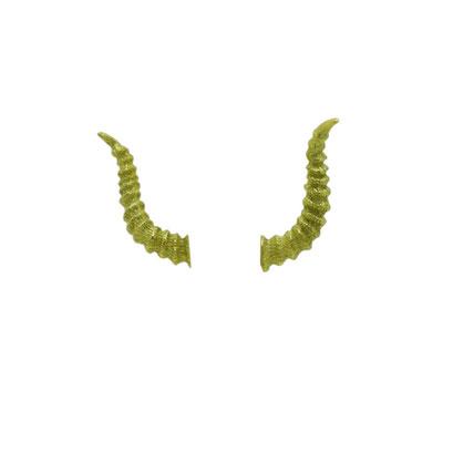 satan:元々は敵対する者を表す言葉。( devil )悪魔達の長だけあって角が長い!!hornsシリーズの中でもクランプスと同じ大きさでかなりの存在感がある物になっています。