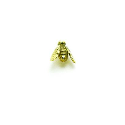 8 bee ¥3,400