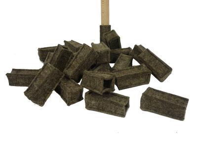 manufra Stuhlbeinsocke, viele, am Boden liegend