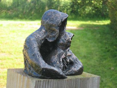 Familymatters - brons - 17 x 17 x 13 cm