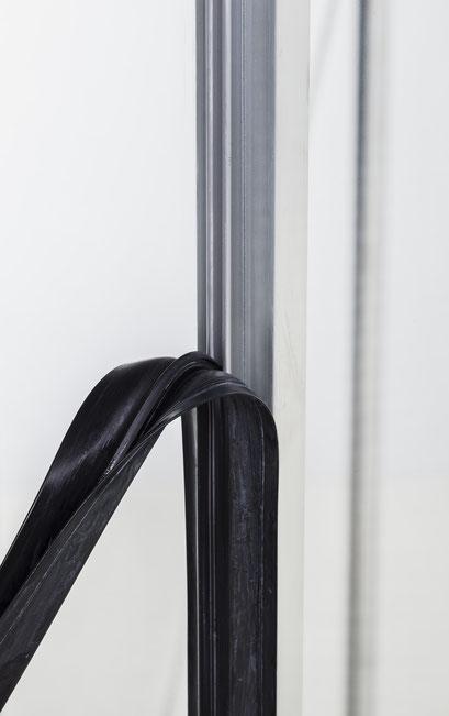 Spezielle Gummidichtungen für Befestigung der Glasscheiben