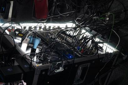 Die Technik im Hintergrund für das Hybrid-Format des II. Hessischen Engagementkongresses 2021 an der Ev. Hochschule Darmstadt. | © Foto: S. Schlitt, EKKW